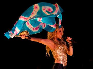 Шакира (Shakira) не стала заявлять в полицию из-за ограбления
