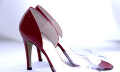 Кейт Мосс и Сиенна Миллер расстались с любимыми туфлями