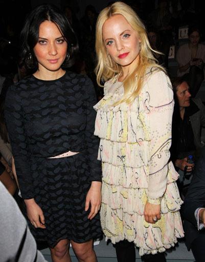 Оливия Манн (Olivia Munn) и Мена Сувари (Mena Suvari)