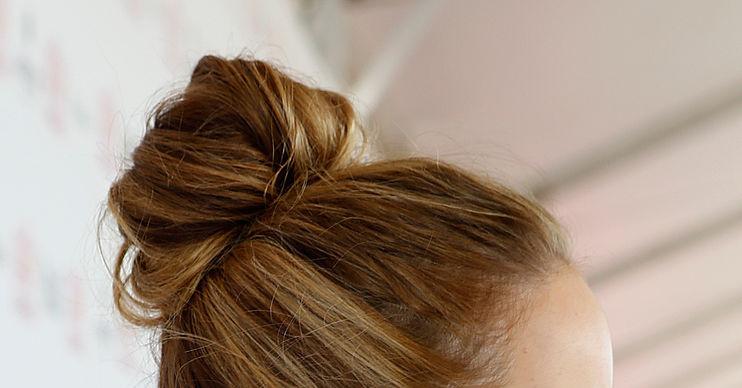 Почему у женщин на шее растут волосы
