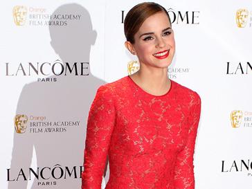 Эмма Уотсон (Emma Watson) в этом году заняла лишь второе место, в то время как в 2011 году именно она была признана самой стильной