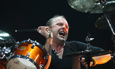 Барабанщик группы Metallica даст уроки игры
