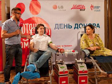 Сотрудники телеканала ДОЖДЬ и компании LG приняли участие в донорской акции