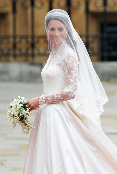 Кейт Миддлтон в свадебном платье Alexander McQueen