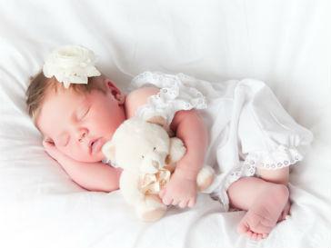 Новорожденные должны спать с мамами до 3-х лет