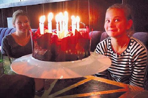 Юлия Высоцкая с дочкой Машей фото
