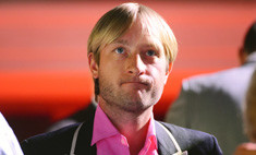 Плющенко признался, что редко видит старшего сына
