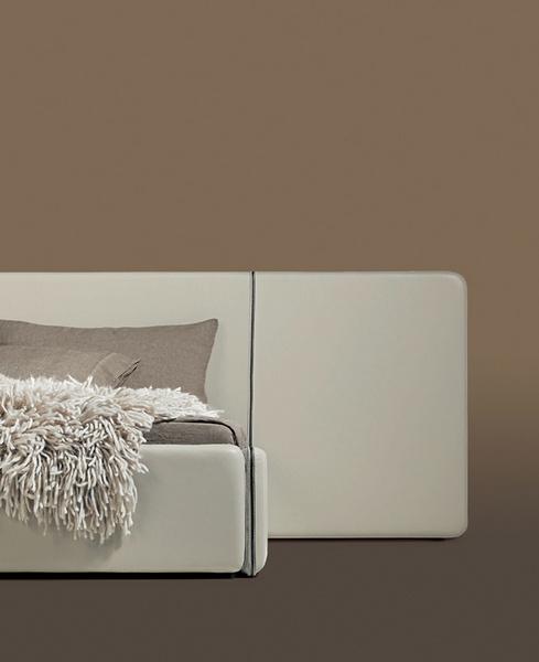 Кровать Suite. Производитель: Ivanoredaelli.