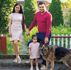 Дача Иланы Юрьевой: хохлома и семейные реликвии