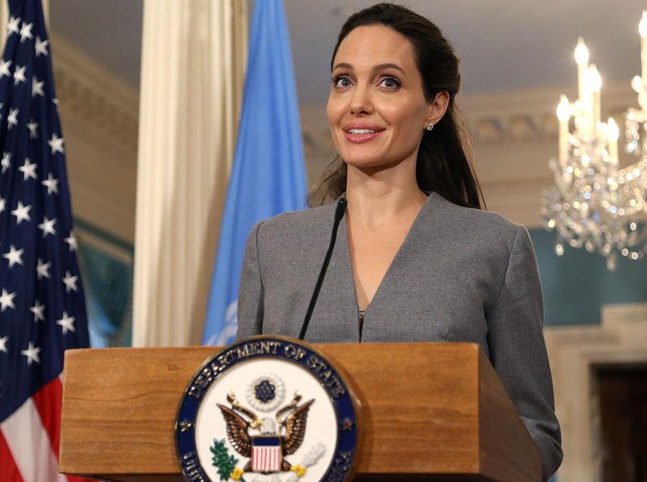 Анджелина Джоли начала набирать вес