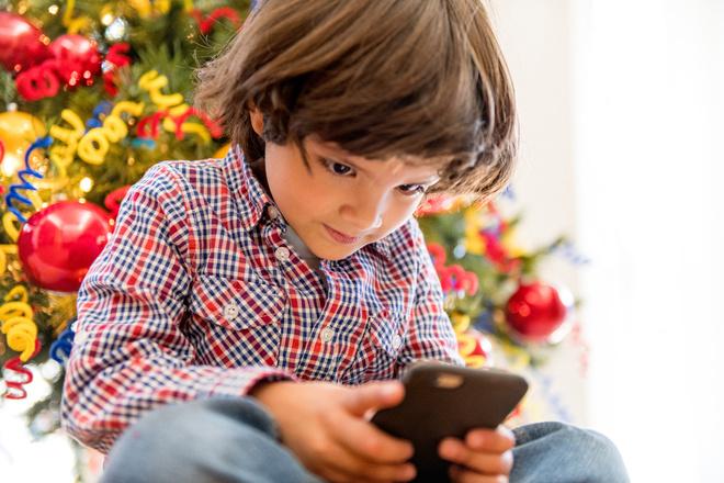детский телефон для ребенка