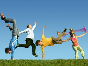 Всплески хорошего настроения у людей наблюдаются по утрам и в выходные
