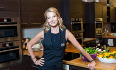 Юлия Высоцкая научит детей готовить