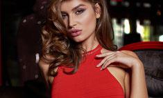 Цвет Нового года: 10 красных платьев для любой фигуры и кошелька