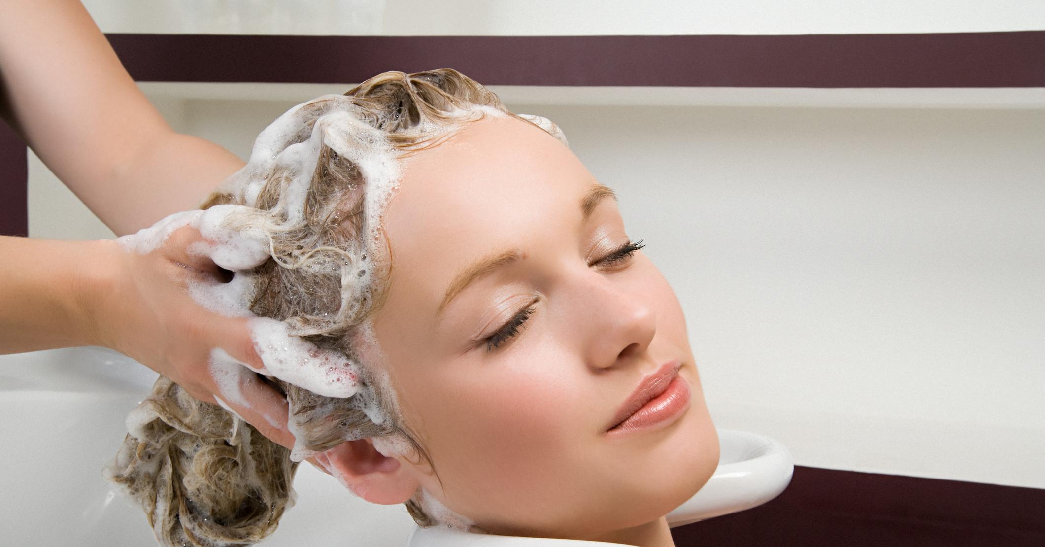 Чем окрашивать волосы во время беременности