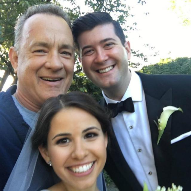 Том Хэнкс устроил сюрприз на чужой свадьбе