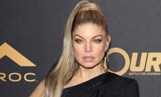 Не повторять: модный макияж сделал лицо Ферги болезненным