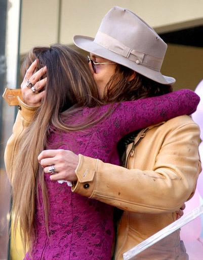 Пенелопа Крус (Penelope Cruz) и Джонни Депп (Johnny Depp)