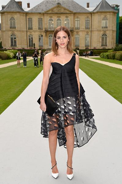 Эмма Уотсон на показе Dior Couture в Париже