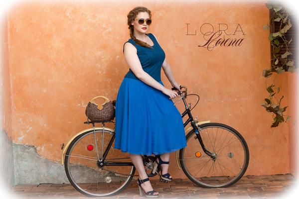 Лукбук марки Lora Lorena