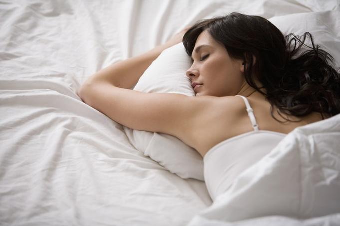 Язык тела: что означает поза, в которой вы спите