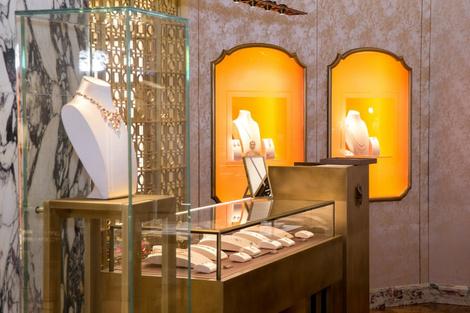 Из Рима с любовью: королевский подарок от BVLGARI для Москвы | галерея [1] фото [2]