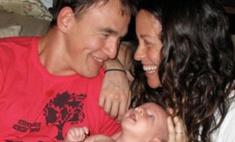 Аланис Мориссетт показала новорожденного сына