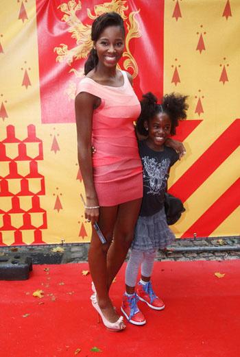 Джамелия с дочкой