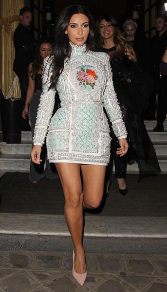 Ким Кардашьян в Париже
