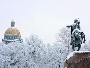 Санкт-Петербург издал «Азбуку начинающего петербуржца»