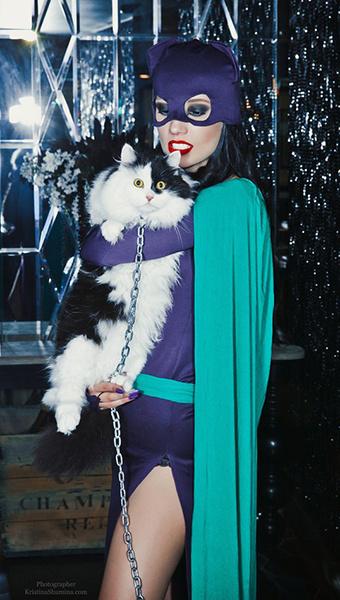 Марина Луговцова в образе Женщины-кошки, U:CON