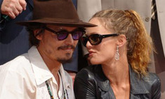 SMS раздора: что стало причиной расставания Джонни Деппа и Ванессы Паради?