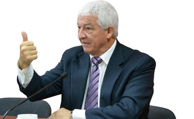 Омск, Аллан Пиз, язык жестов