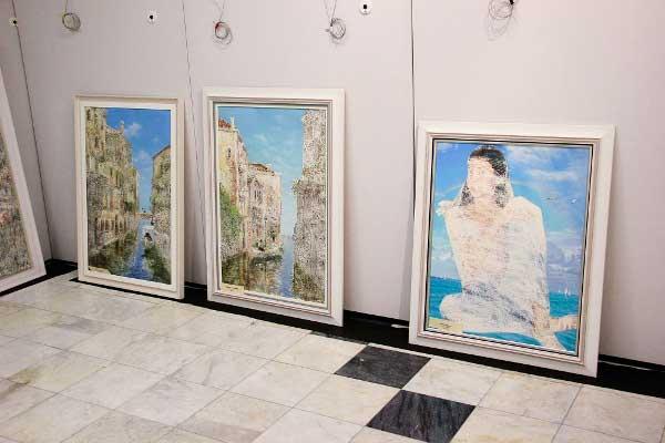 Выставка Никаса Сафронова в Сургуте