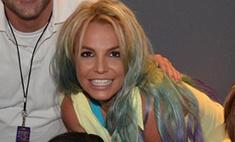Радужное окрашивание: Бритни Спирс сменила имидж