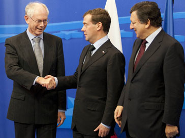 Президент России Дмитрий Медведев и председатель ЕС Жозе Мануэл Баррозу (Jose Manuel Durao Barroso) пришли к единому соглашению