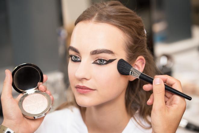макияж с показа DIOR Haute-Couture Осень-Зима