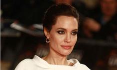 Продюсер прилюдно назвал Джоли назвали бездарностью