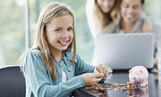 Детский капитал: давать ли ребенку карманные деньги