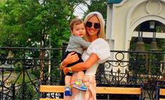 Виктория Лопырева стала крестной мамой