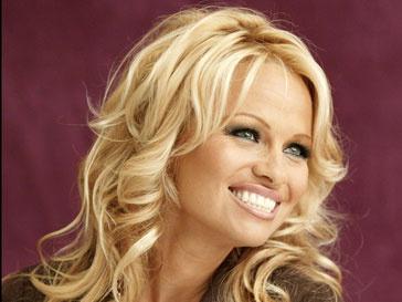 Памела Андерсон (Pamela Anderson) - активная защитница прав животных