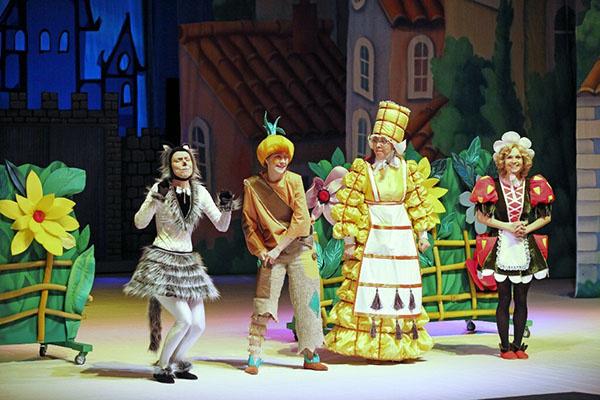гастроли в Тюменском драматическом театре
