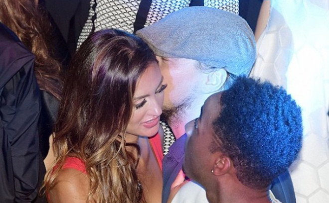 Дикаприо провел ночь с замужней моделью