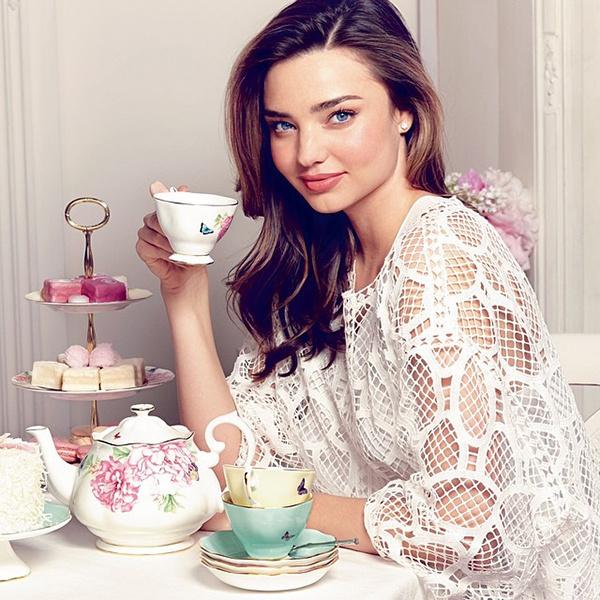 Миранда Керр создала коллекцию чашек и блюдец