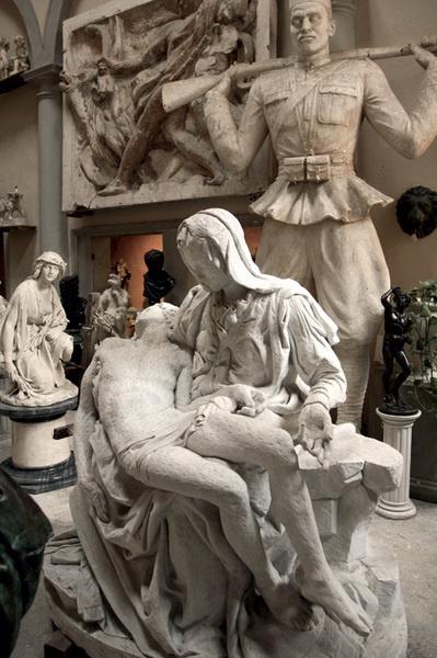 Скульптурная студия Romanelli при школе Чарльза Сесиля.