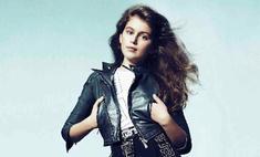 По стопам матери: дочь Синди Кроуфорд позирует для Versace