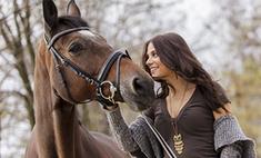 На коне: 20 очаровательных всадниц Ярославля
