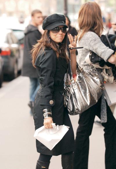 Ева Лонгория с сумкой Gerard Darel