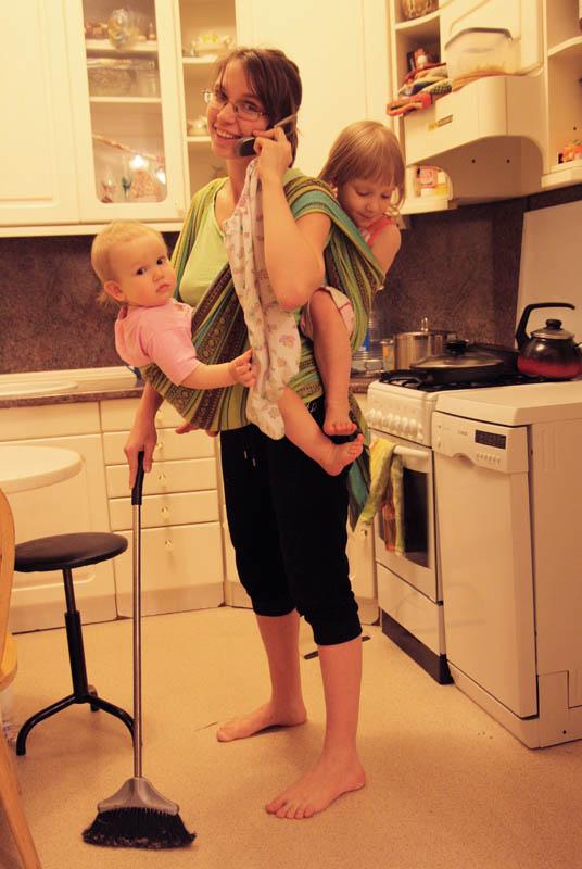 extybt молодых мам кем j в