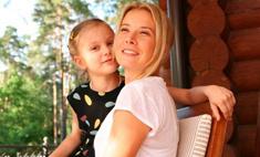 Юлия Высоцкая о дочери: «Мы боремся, работаем и верим»